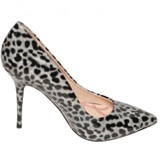 Lucy Choi patent leather grey leopard print heels