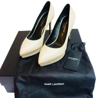 Saint Laurent Classic Tribute 105 Pump in Nude Leather