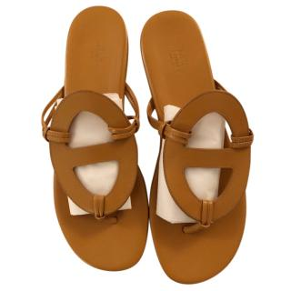 Hermes 'naturel' flat sandals