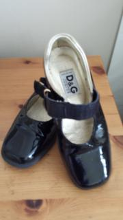 D&G Junior Patent Leather Size 29 Party Shoes