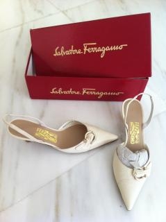 Salvatore Ferragamo cream pointy kitten heels