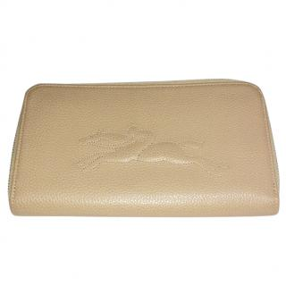 Longchamp Le Foulonne Zip around Wallet