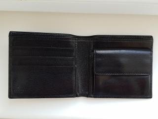 Gucci wallet with coin pouch