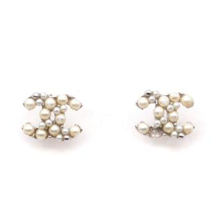 Chanel Classic CC Pearl Earrings