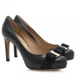 Salvatore Ferragamo Vara Bow Pump Shoe