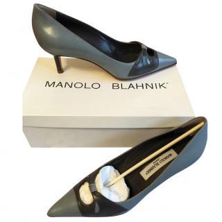 Manolo Blahnik Yaunde Kitten Heel Shoes