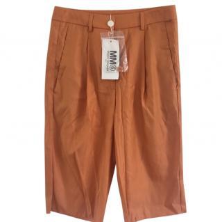 MM6 Maison Margiela Paris orange shorts