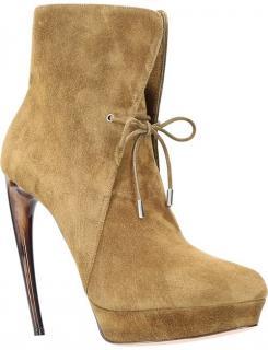 Alexander McQueen Horn Boots