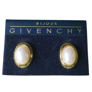 Givenchy Classic ClipOn Pearl Earrings