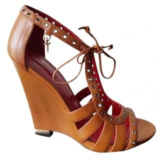 Cesare Paciotti tan wedge sandals
