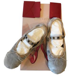 Valentino Garavani Rockstud Ballet velvet ballerinas
