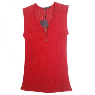 Max Mara sleeveless red knit top