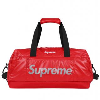 Supreme FW17 Duffle Bag in Red