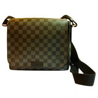 Louis Vuitton District PM messenger bag