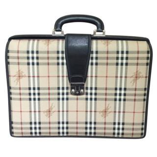 Vintage Burberrys 48H suitcase