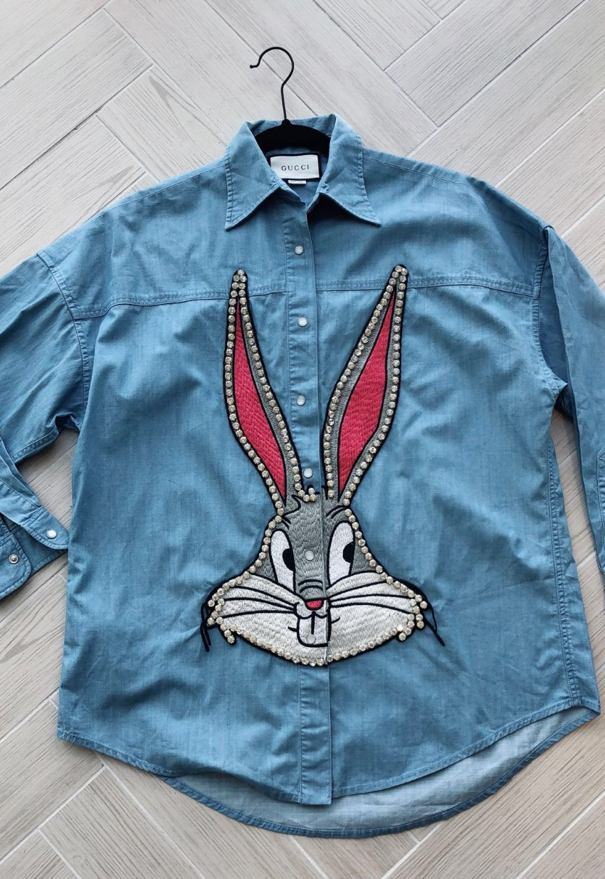 37b019c3702 Gucci Bugs Bunny embellished denim shirt. 25. 12345678910