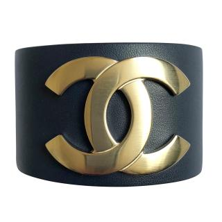 Chanel December '17 Exclusive Navy Leather CC Cuff