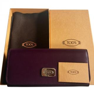 Tods purple leather purse