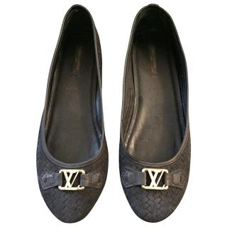 Louis Vuitton black ballerina flats