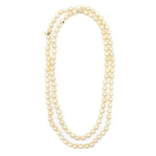 Chanel Vintage Faux Ivory Pearl Necklace