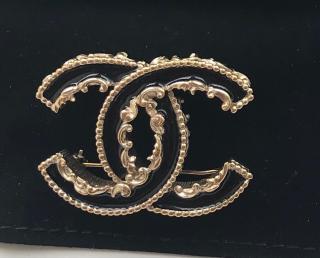 Chanel CC Gold Enamel Brooch
