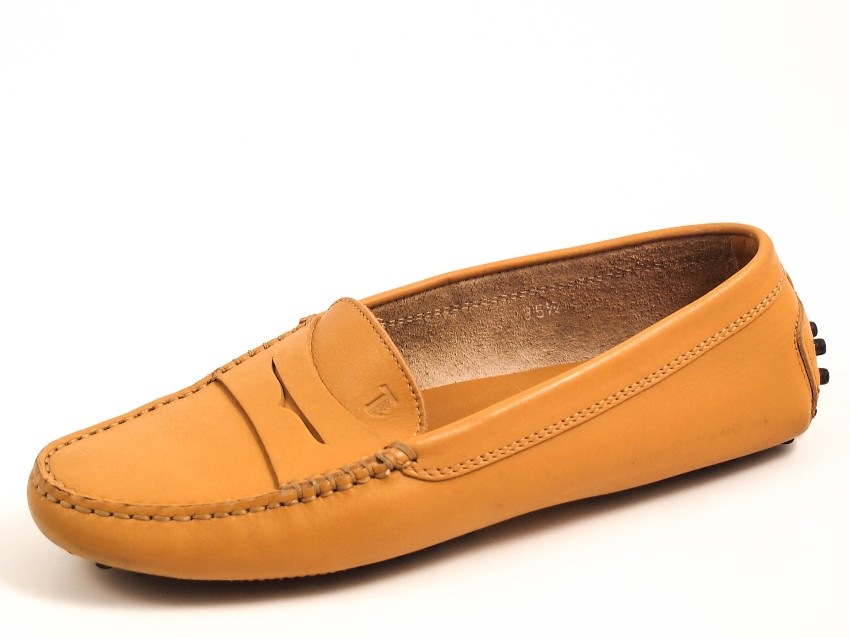 Tod's beige gommino loafers