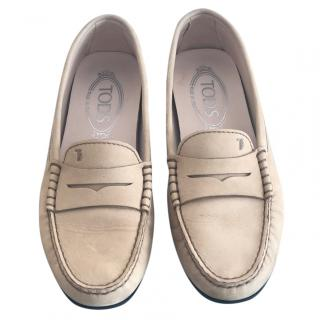 Tod's Beige Moccasins