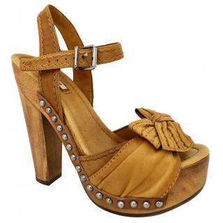 Mui Mui Tan Platform Sandals