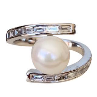 Bespoke 18ct White Gold Pearl & Baguette Cut Diamond Ring