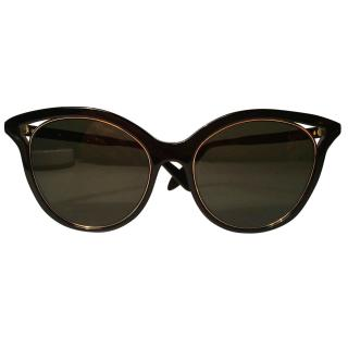 VICTORIA BECKHAM Cut Away Kitten Sunglasses Black/Gold Frame