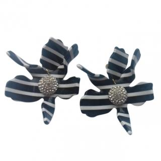 Lele Sadoughi Black White Crystal Acetate Lilly Clip Drop Earrings