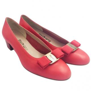 Salvatore Ferragamo Pink Vara Bow Shoes