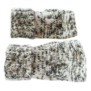 Chanel wool and cashmere mittens