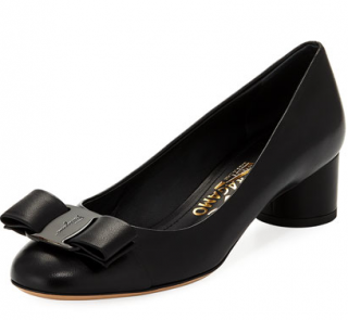 Salvatore Ferragamo Black Vara Pumps