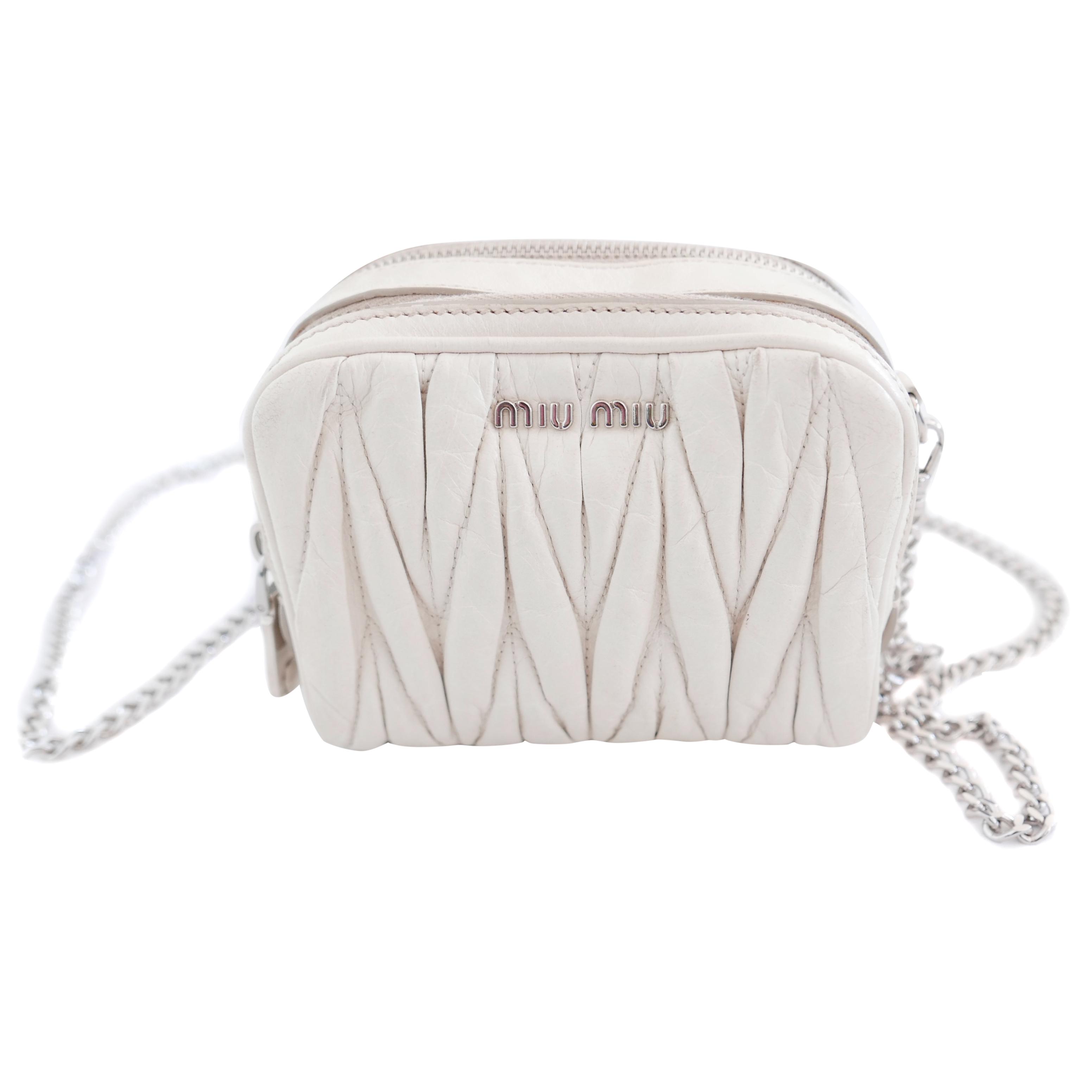 938ed91f9b64 Miu Miu Cammeo Matelasse Ivory Leather Mini Double Zip Bag