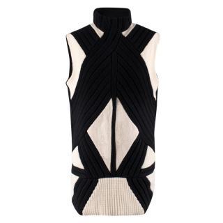 Givenchy Monochrome Knit Wool Vest