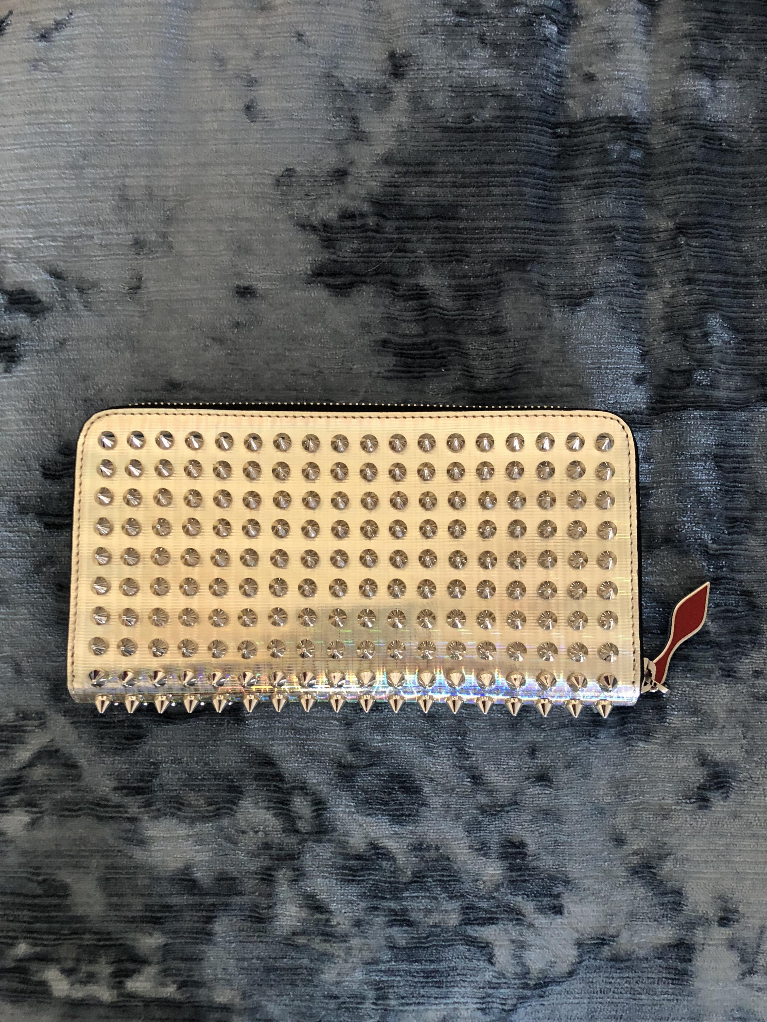 0a659e460e9 Christian Louboutin Silver Specchio Panettone Wallet