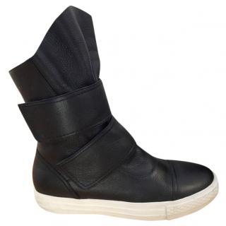 Mochi Black & White Velcro Boots