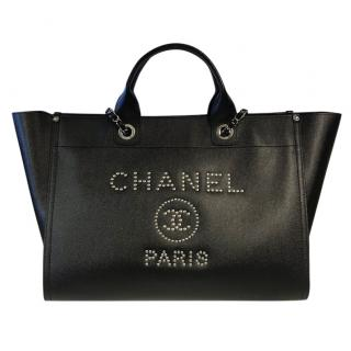 CHANEL black leather Deauville Tote