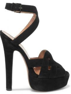 Ala�a black suede cutout platform sandals