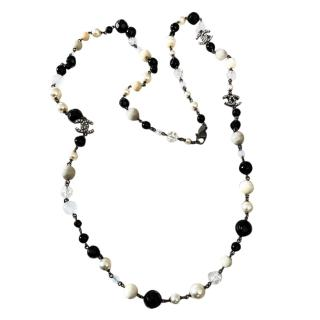 Chanel pearl and onyx necklace