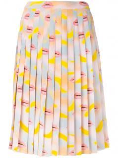 Prada silk pleated lip print skirt, Italian size 42