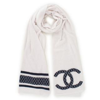 Chanel White Wool-blend Metallic Detail Scarf