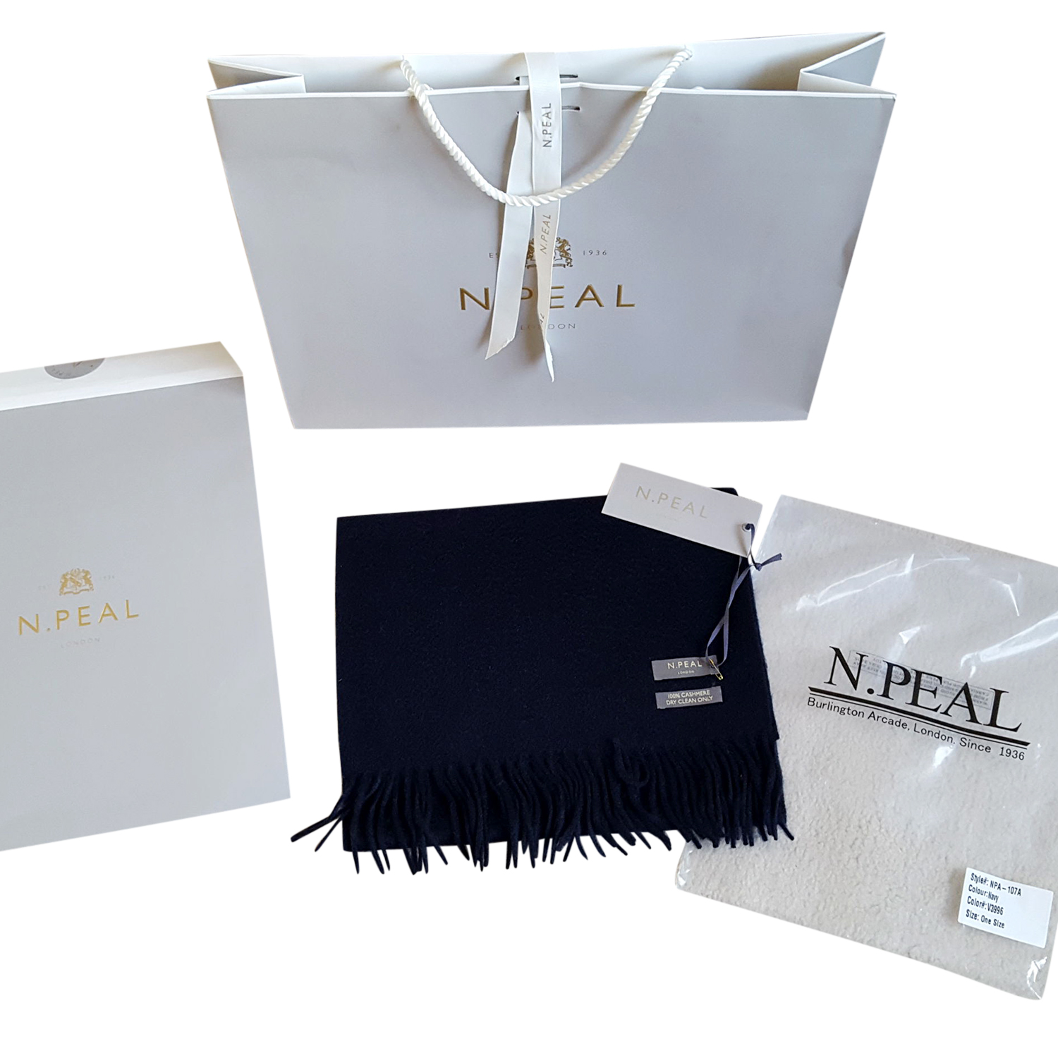 N.Peal navy cashmere scarf