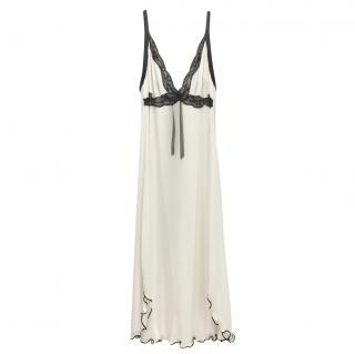 Cotton Club Cream & Black Leavers Lace Lounge Dress
