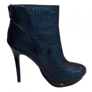 buy online d3095 c578d Dune Jump black crocodile-effect boots