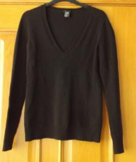 Theory Chocolate Brown Wool and Cashmere V-Neck Sweater