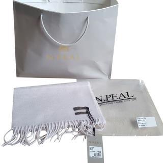 N.Peal snow grey cashmere scarf