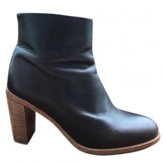 A.P.C. classic ankle boots