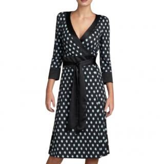 Diane von Furstenberg taurus silk wrap dress